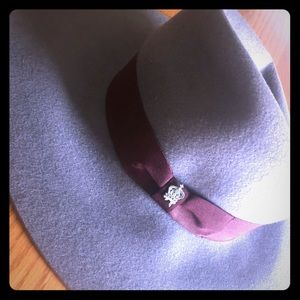 Gorgeous Christy's Crown Collection felt hat